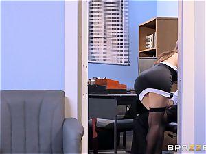 Valentina Nappi and Abby Lee Brazil struggle for a brilliant stance