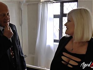 AgedLovE Lacey Starr nailed firm with Sales Agent