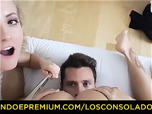 LOS CONSOLADORES - uber-cute stunner bare massage and threesome