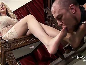 kinky large bosses Headmistress Brandi enjoy dominates her employee in the office
