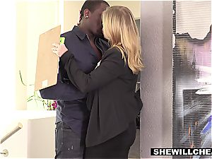 wifey Britney Amber pulverizes notorious football players bbc