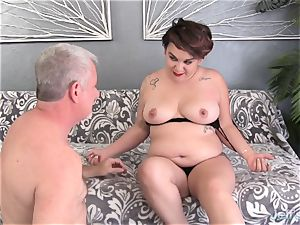 round newbie pounds and spunk in the throat