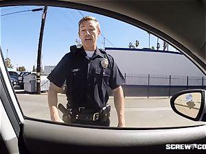 CAUGHT! black damsel gets unloaded deepthroating off a cop