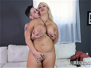 fat bap cougar Alura Jenson likes ravaging younger studs