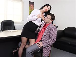 pumping out black-haired Veronica Avluv cooch stuffed and fisted