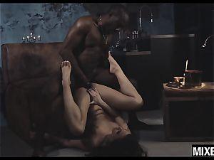 super-hot Amirah Adara gets her butt opened up by monster salami