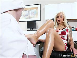 Nina Elle - knead my legs and do rubdown my beaver