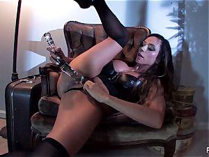 Ariella Ferrera pummels herself with a yam-sized glass plaything