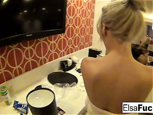 Elsa Jean showcases off her motel apartment and her fuckbox
