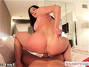 Housewife Kendra enthusiasm take man sausage in point of view style