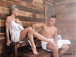 warm sauna anal invasion for Jessa Rhodes